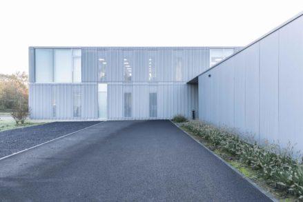RG architectes   Entrée bâtiment Carrier Europe