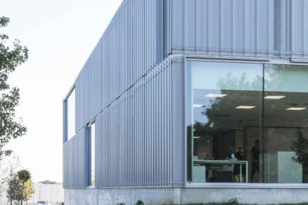 RG architectes   Construction bâtiment industriel Carrier Europe
