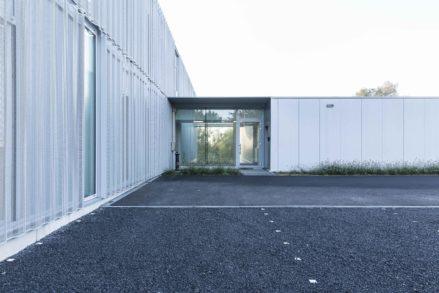 RG architectes | Entrée bâtiment Carrier Europe