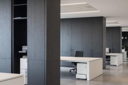 RG architectes | Luckx | Bureaux & hall industriel à Tubize Sainte II | Nick Cannaerts